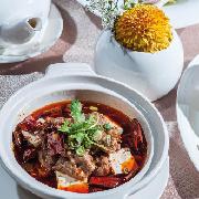 北投大地酒店2F奇岩一號中餐廳2人川湘料理分享套餐券
